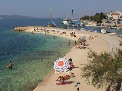 Ferienwohnungen Španja - Brodarica AP1 (2+2)