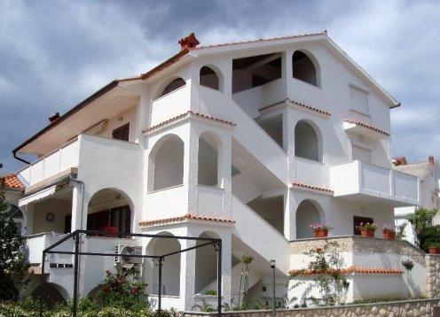 Apartments Zora&Mirko (Lopar-San Marino-Paradiesstrand) AP1 4+2