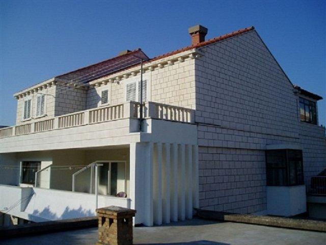 Apartments Ariva