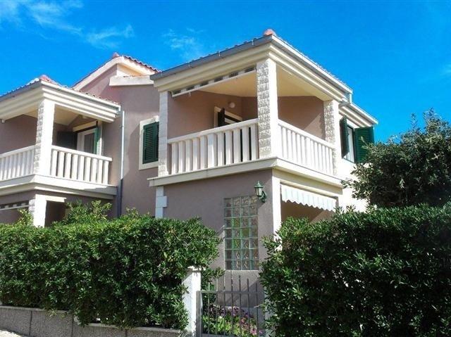 Apartmani Mirjana - Milna otok Vis A1 (4) 45561-A1