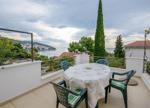 Appartamenti Silvana - Okrug Gornji (Čiovo) A3 (2+2) 39991-A3
